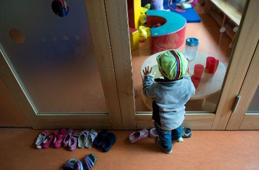 Wie viele Kinder ein Erzieher betreut, ist regional sehr unterschiedlich. Foto: dpa-Zentralbild