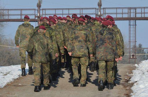 Soldat zeigt auf KSK-Party mehrfach den Hitlergruß