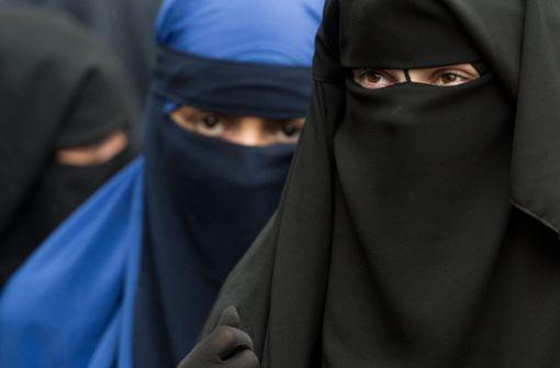 Gehören Burka und Nikab in die Öffentlichkeit?
