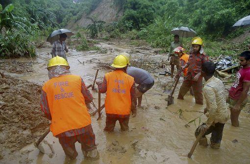 Tote nach Erdrutschen in Bangladesch