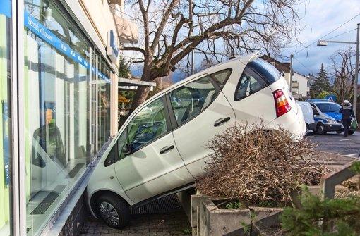 Das Ergebnis eines Einparkversuchs in der Freibergstraße in Münster Foto: 7aktuell/Herlinger
