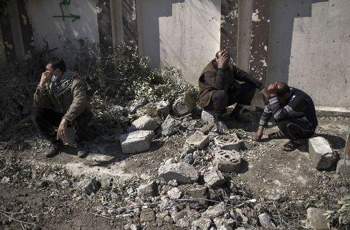 Dutzende Zivilisten getötet