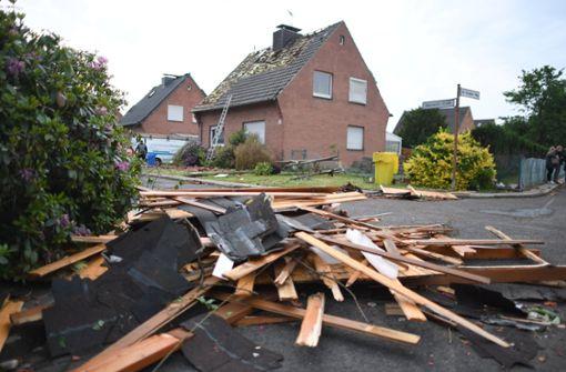 Zahlreiche Häuser sind so zerstört, dass sie vorübergehend nicht mehr bewohnbar sind. Foto: dpa