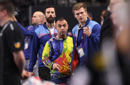 Handball-Boss trägt wieder ausgefallenen Pullover