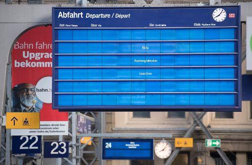Bahn-Anzeigetafeln nach Cyber-Attacke noch mehrere Tage gestört