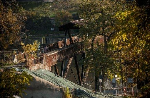 Der Holzsteg, einst 1977 errichtet, wird im April abgerissen Foto: Lichtgut/Max Kovalenko