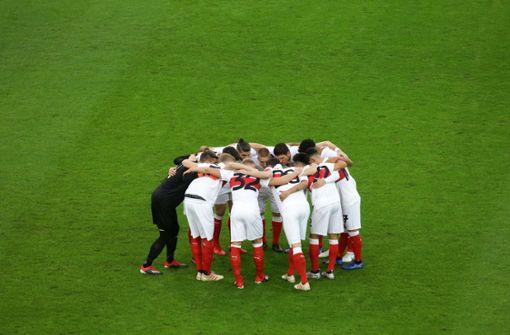 So haben die Profis des VfB Stuttgart ins neue Jahr gefeiert