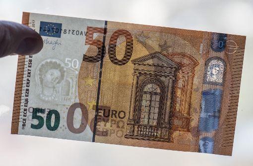 50 Euro an Scheibenwischern und in Briefkästen