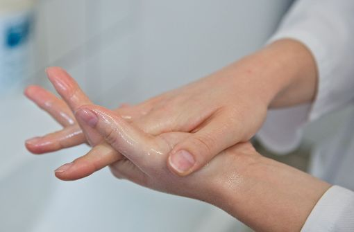 Wie sich resistente Keime in Kliniken verbreiten