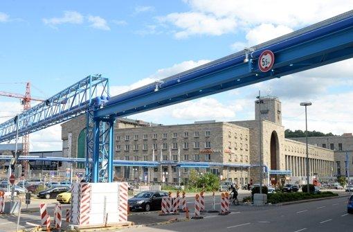 Aus dem Stuttgarter Schlossgarten will die Bahn bei Stuttgart 21 unbegrenzt Wasser entnehmen. Foto: dpa