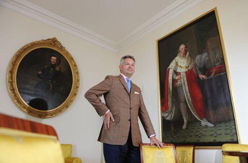 Trauernde nehmen Abschied von Friedrich Herzog von Württemberg