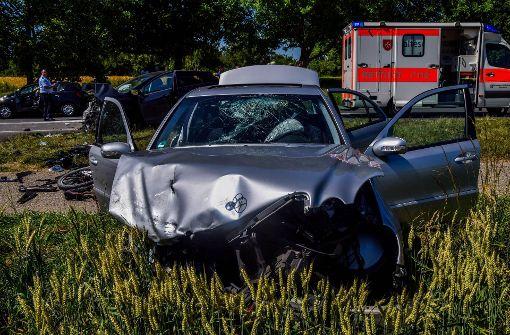 Sechs Menschen wurden bei dem Unfall bei Östringen verletzt.  Foto: 7aktuell.de/Fabian Geier