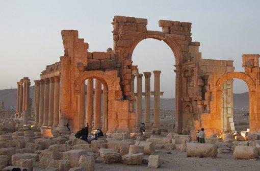 IS zerstört  2000 Jahre alten Tempel