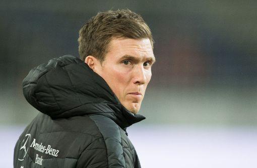 Mehmet Scholl meldet sich bei VfB-Coach Wolf