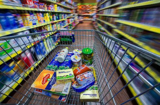 Defekte Tür lädt zum Supermarkt-Einkauf ein