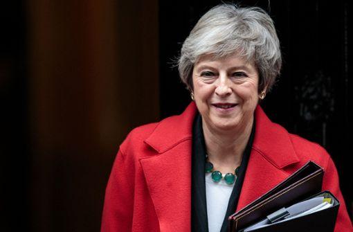 May verteidigt Abkommen im britischen Parlament