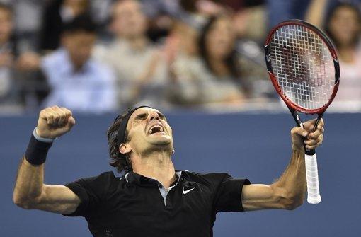 Federer ringt Monfils nieder