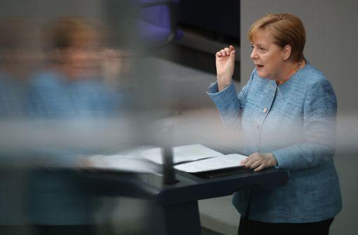 AfD klagt gegen Angela Merkels Flüchtlingspolitik