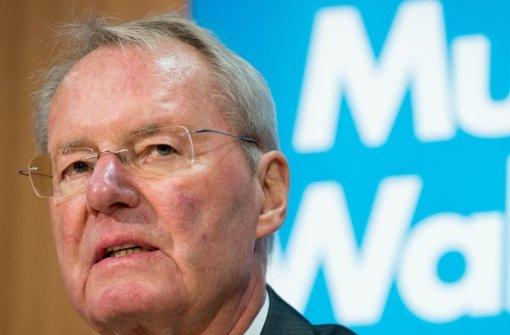 Opfer anonymer Drohbriefe: das ehemalige AfD-Vorstandsmitglied Hans-Olaf Henkel Foto: dpa /Maurizio Gambarini