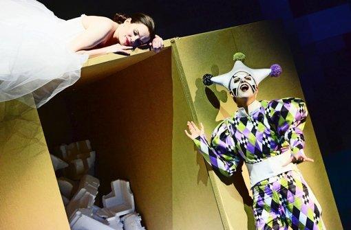 Ina Schlingensiepen als Theres, Dilara Bastar als Fantasio Foto: Falk von Traubenberg