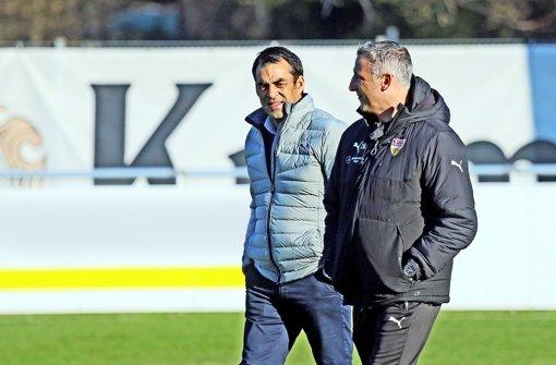 Manager Robin Dutt und Trainer Jürgen Kramny sind sich einig und wollen sich vom gut verlaufenen Trainigslager nicht blenden lassen. Foto: Pressefoto Baumann