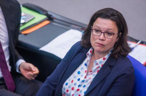 SPD fordert Koalitionsgipfel - Und droht mit Seehofer-Blockade