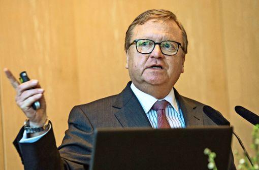 Kuhn fordert Züge für alte Gäubahnstrecke ein