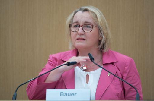 Wissenschaftsministerin Theresia Bauer (Grüne) bei ihrer Aussage vor dem Untersuchungsgremium. Foto: dpa
