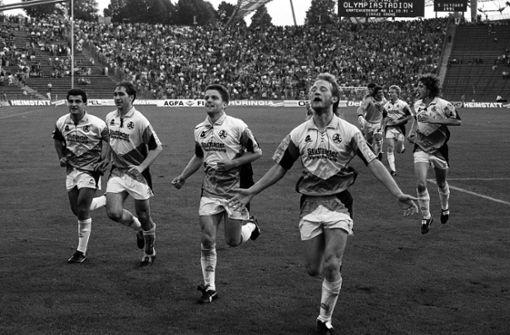Die Spieler der Blauen bejubeln 4:1 in München 1991  Foto: Baumann