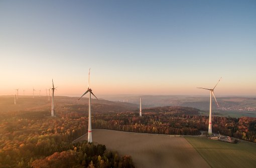 Bis September war es der größte Windpark des Landes.  Foto: Jürgen Pollak, Neue Weinsteige