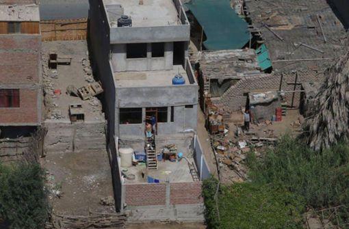 Dutzende Häuser zerstört und zahlreiche Verletzte