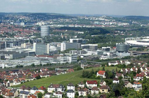 Im Neckartal in Stuttgart ist geballte Wirtschaftskraft angesiedelt – hier und an anderen Stellen in der Region sind weitere Gewerbebauflächen knapp. Foto: Horst Rudel