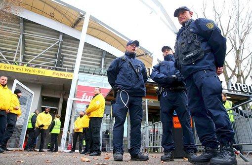 Am Rande der Partie VfB Stuttgart gegen Borussia Dortmund musste die Polizei nach Stuttgart-Nord ausrücken (Symbolbild). Foto: Getty Images