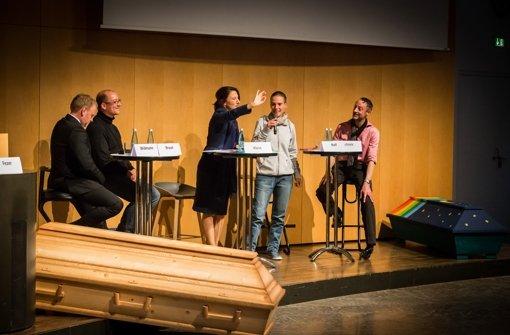 Informative Runde im Rathaus: Heinz Widmann, Stefan Braun, Moderatorin Martina Klein,  Barbara Rolf und Folkmar Schiek (v. li.) Foto: Lichtgut/Achim Zweygarth