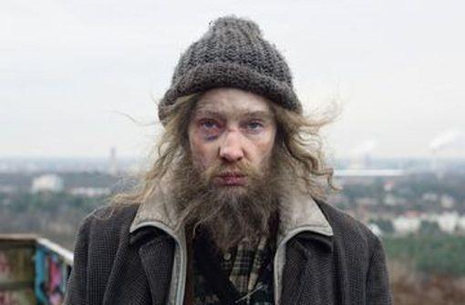 """Julian Rosefeldt, Szene aus """"Manifesto"""" –  Beweis der Wandelbarkeit von Cate Blanchett Foto: © VG Bild-Kunst, 2016"""