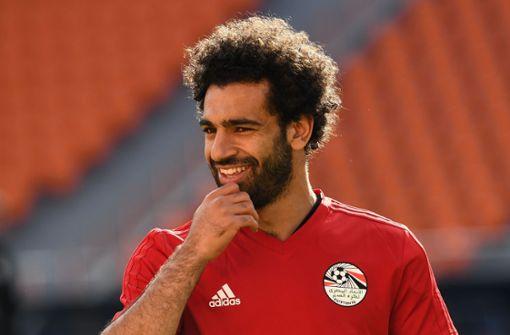 Ein glücklicher Mo Salah beim Training der Ägypter. Foto: AFP