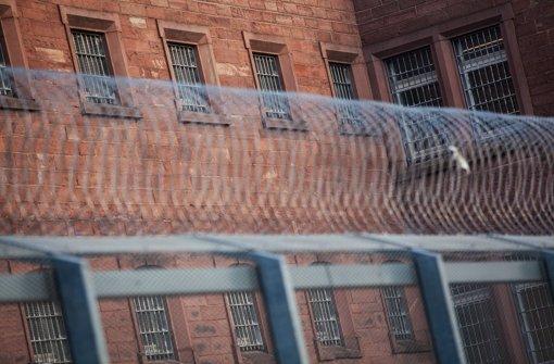 Innenminister Gall eröffnet Abschiebegefängnis
