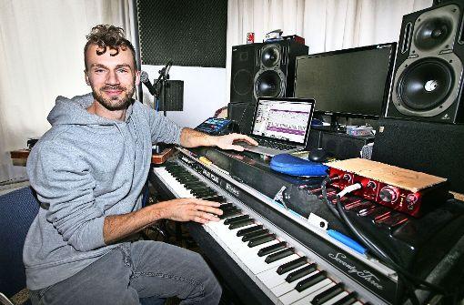 Der Computer ist Harry Delgas  Instrument