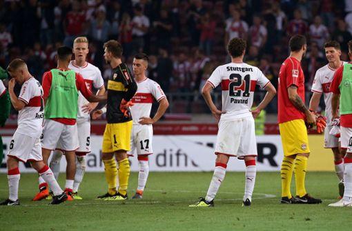 Enttäuschte Gesichter: Der VfB hatte den Münchner Bayern kaum etwas entgegenzusetzen. Foto: Baumann