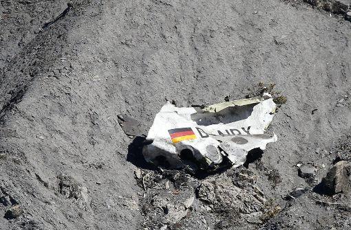 Angehörige von Germanwings-Opfern klagen auf Schadenersatz