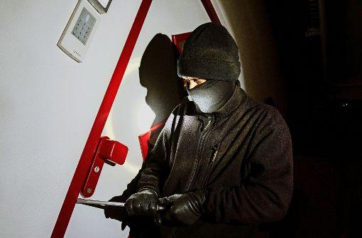 Die Kriminalpolizei sucht nach Zeugen (Symbolbild). Foto: dpa