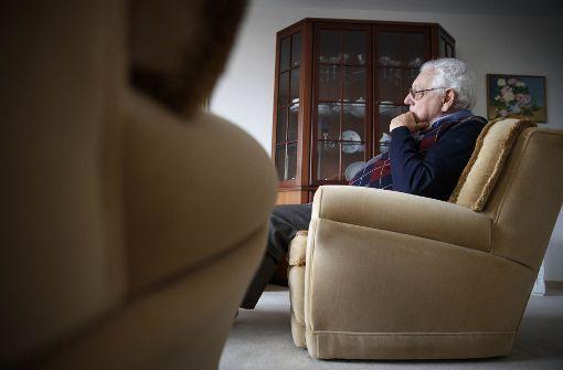 Samuel de Andrade findet in seiner Wohnung keine Ruhe mehr. Foto: Gottfried Stoppel