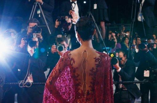 Reizende Rückenansicht der ehemaligen Miss Frankreich, Sonia Rolland, auf der Premiere von Timbuktu. Hier sind die schönsten Bilder vom roten Teppich in Cannes. Foto: Getty Images Europe