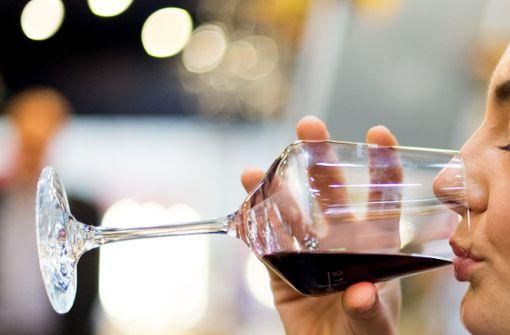 250 Jahre alter Wein für über 100.000 Euro versteigert