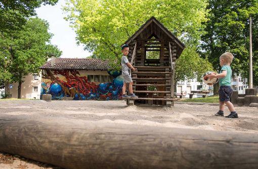 Spielplätze wie hier an der Wallmerstraße in Untertürkheim haben Modellcharakter. Foto: Lichtgut/Max Kovalenko
