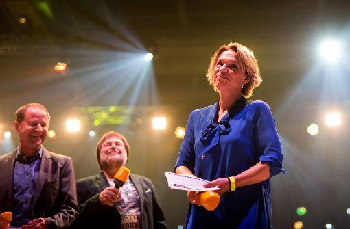 Moderatoren auf der Bühne. Foto: Lichtgut/Christoph Schmidt