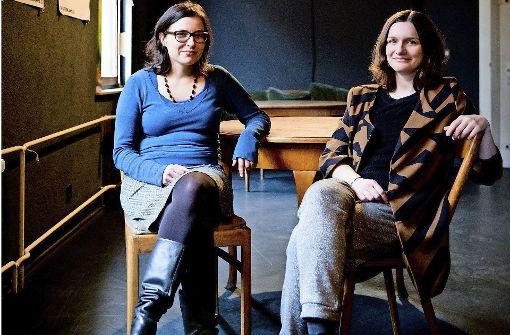 Machen weiter: Martina Grohmann und Marie Bues Foto: Theater Rampe