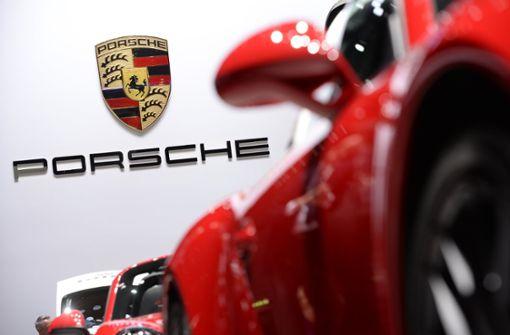 19-Jähriger flieht in Porsche 911 vor Polizei