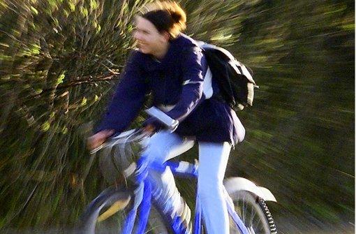 Die Radschulwegepläne sollen den Schülern die sicherste Route von der Wohnung zur Schule aufzeigen. Foto: Archiv dpa