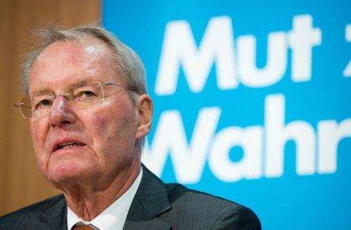 Hans-Olaf Henkel ist ebenfalls betroffen, geht aber von einem Einzeltäter aus. Foto: dpa